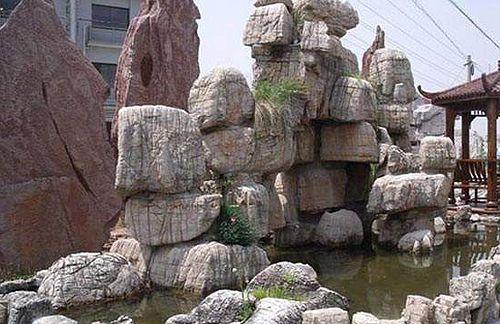 龟纹石假山