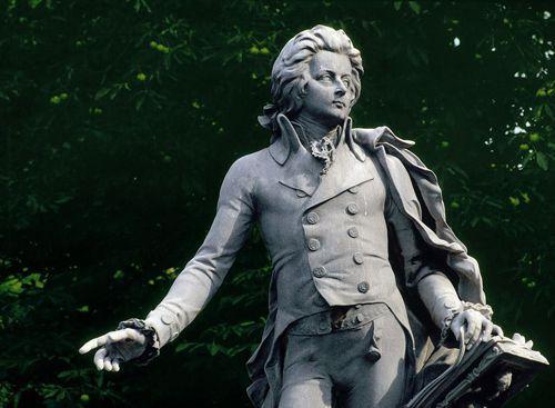 莫扎特雕塑