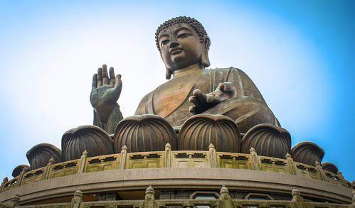 释迦牟尼雕像
