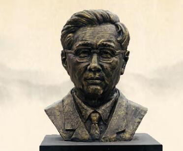 华罗庚雕像