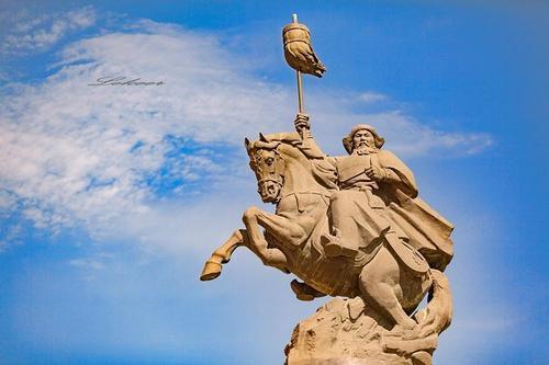 成吉思汗雕塑