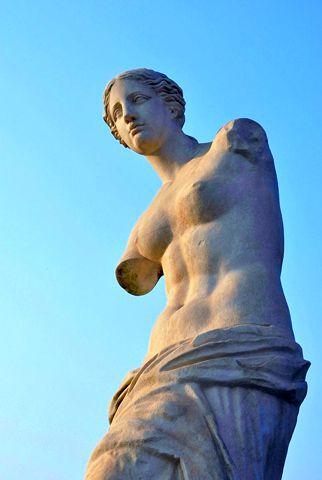 断臂的维拉斯雕像