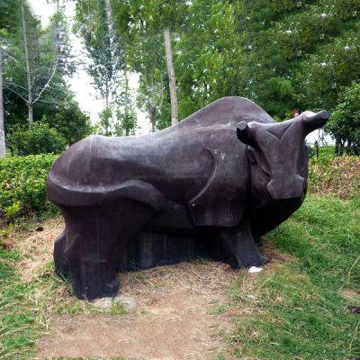 铜雕抽象牛
