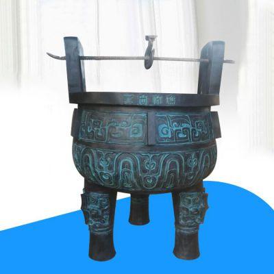 仿青铜雕塑鼎