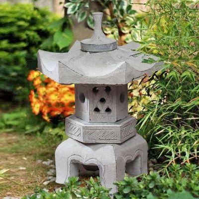 青石园林石灯笼