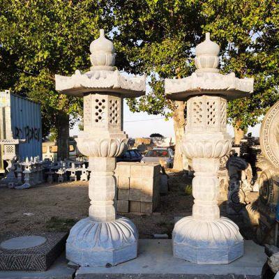 青石中式高墩石灯