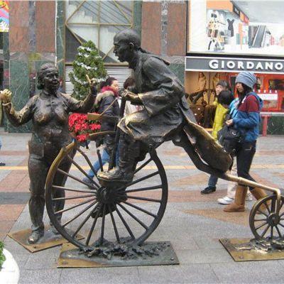 近代骑车人物铜雕情景小品雕塑