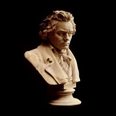 黄沙岩石雕贝多芬肖像雕塑