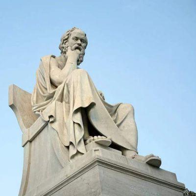苏格拉底石雕塑像