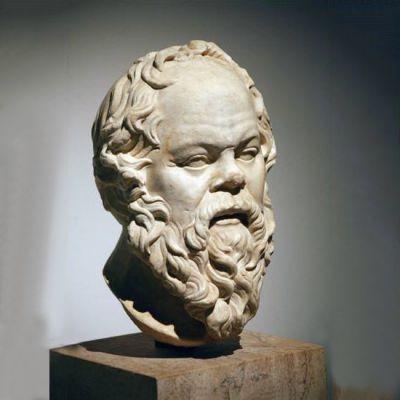 苏格拉底石雕头像