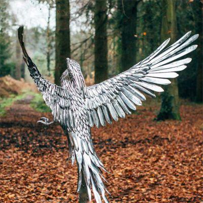 不锈钢动物老鹰雕塑
