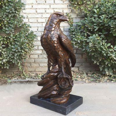 纯铜铸造老鹰雕塑