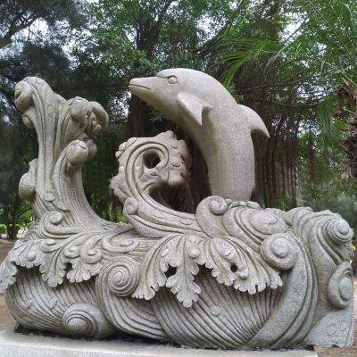 石雕海豚雕塑
