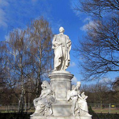 歌德汉白玉景观石雕像