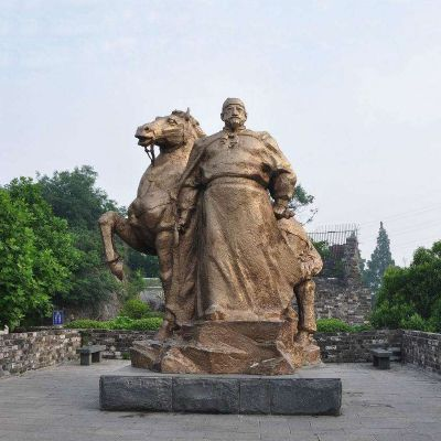 明太祖朱元璋铜雕像