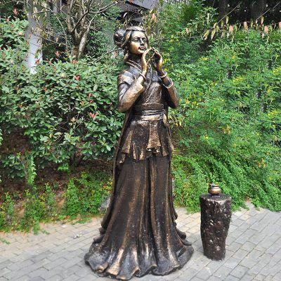貂蝉铜雕塑像