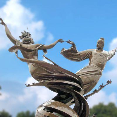 唐明皇与杨贵妃跳舞雕塑