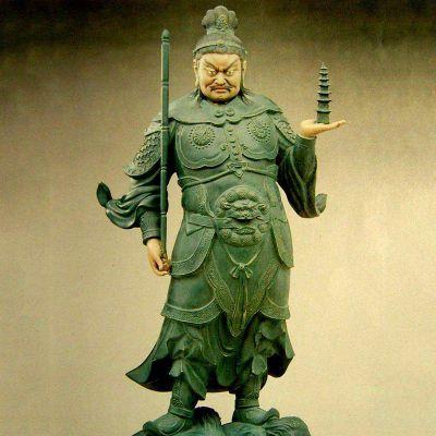 托塔天王彩绘雕塑