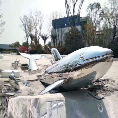 镜面不锈钢鲸鱼雕塑