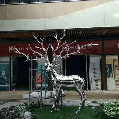 不锈钢镜面梅花鹿雕塑