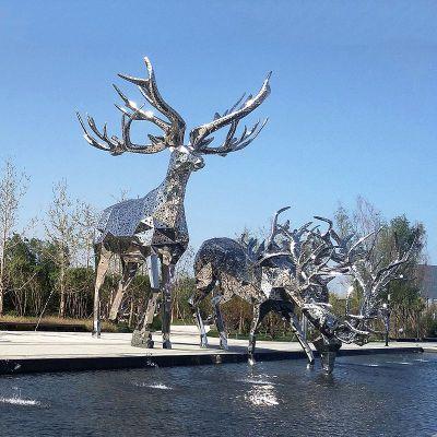 网格不锈钢鹿雕塑摆件