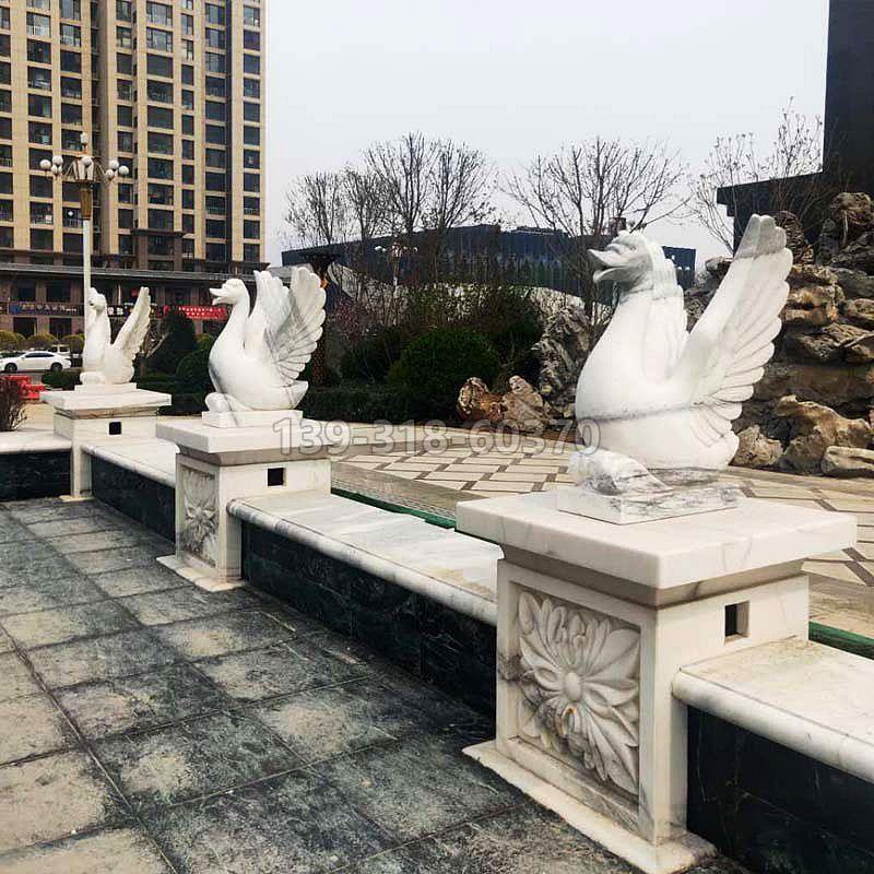 喷水天鹅石雕