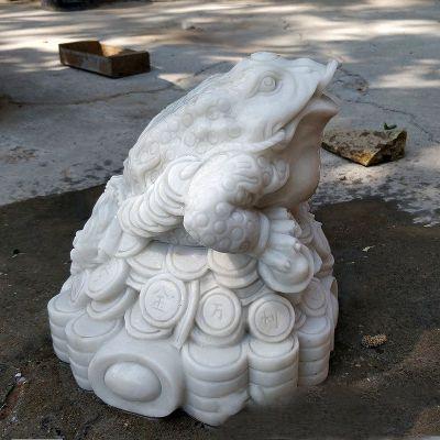 金蟾汉白玉招财石雕