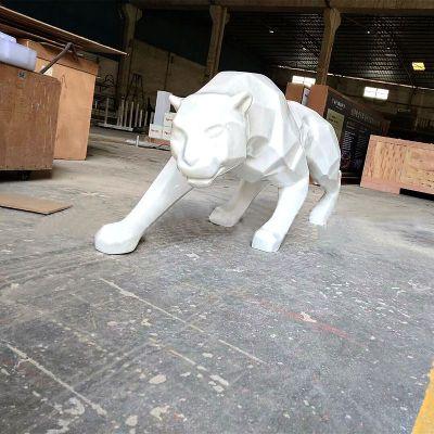 几何块面玻璃钢豹子雕塑
