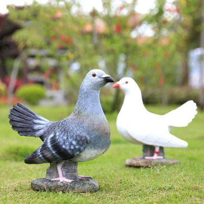 玻璃钢喷漆仿真鸽子雕塑