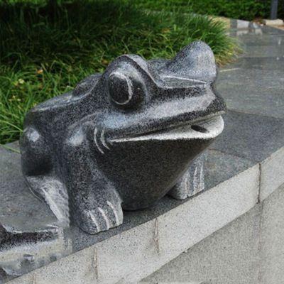 青蛙石雕喷水雕塑