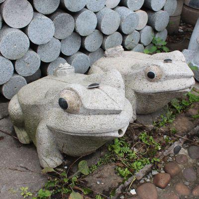 石雕青蛙喷水雕塑